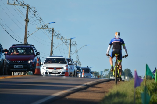 Ciclistas são recepcionados na Faismo após viagem de bike a Florianópolis