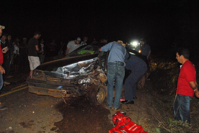 Grave acidente na SC 305 deixa feridos