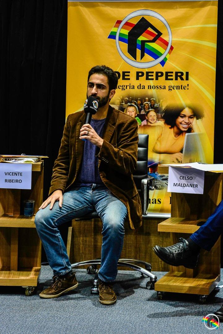 VÍDEO: Segundo debate da Peperi recebe nove candidatos à Câmara Federal