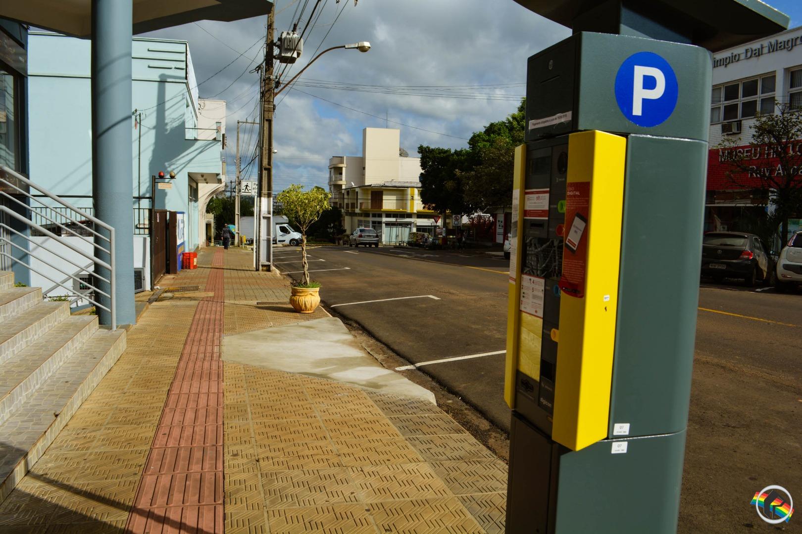 Ruas da Zona Azul estão praticamente vazias em virtude do Rotativo