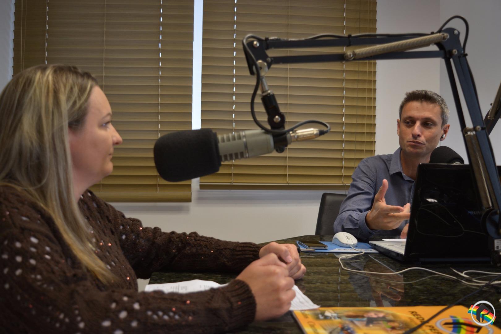 Parto humanizado é o assunto discutido do Peperi Rádio Repórter