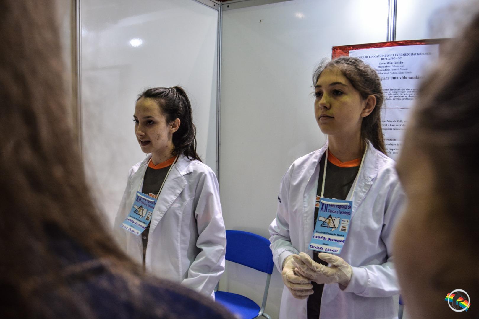 Feira de Ciências e Tecnologias reúne mais de 30 projetos