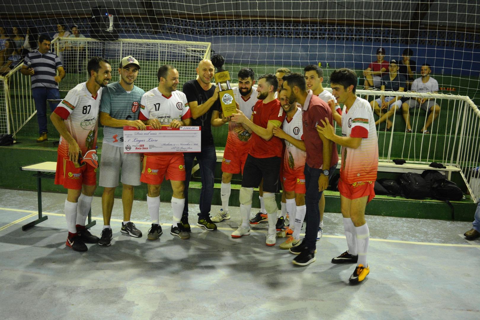 VÍDEOS: União São Francisco é campeão do Regional de Anchieta