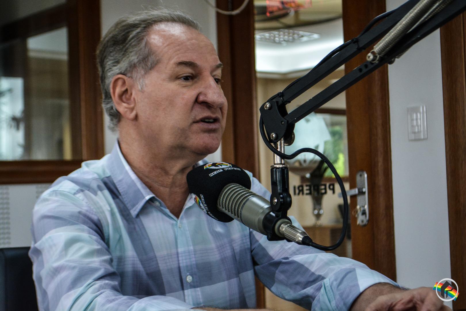 Prefeito Trevisan participa do Peperi Rádio Repórter