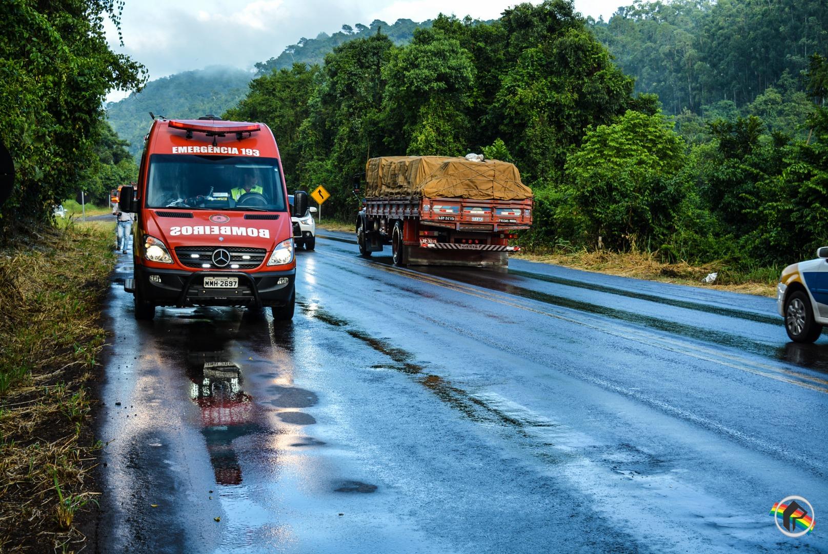 PRF registra duas saídas de pista na BR 282 na Ponte do Rio das Antas