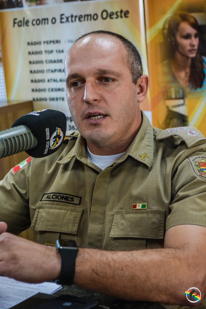 Novo quadro Variedades recebe o Capitão da Polícia Militar