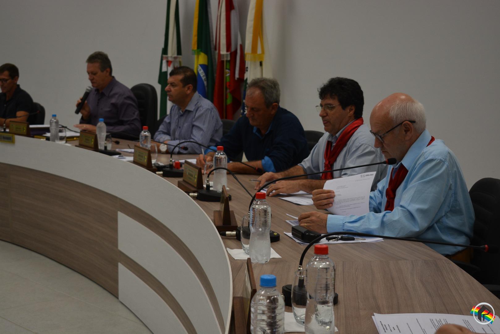 CTG Porteira Aberta e programa Saudades da Querência são homenageados