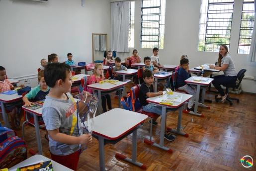 Especialistas alertam sobre riscos de volta às aulas na fase atual da pandemia em SC