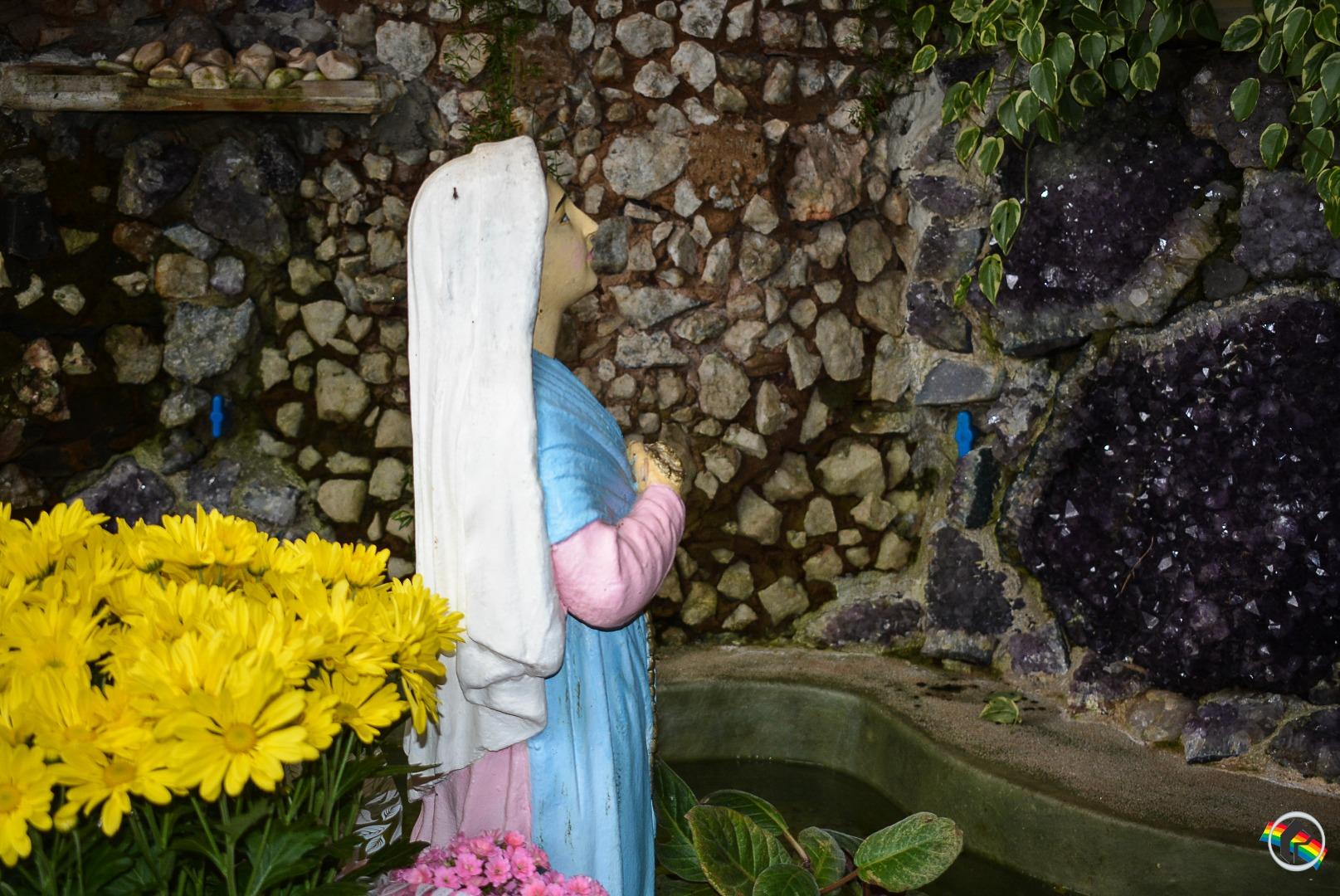 Gruta Nossa Senhora de Lourdes: Um santuário em meio a cidade