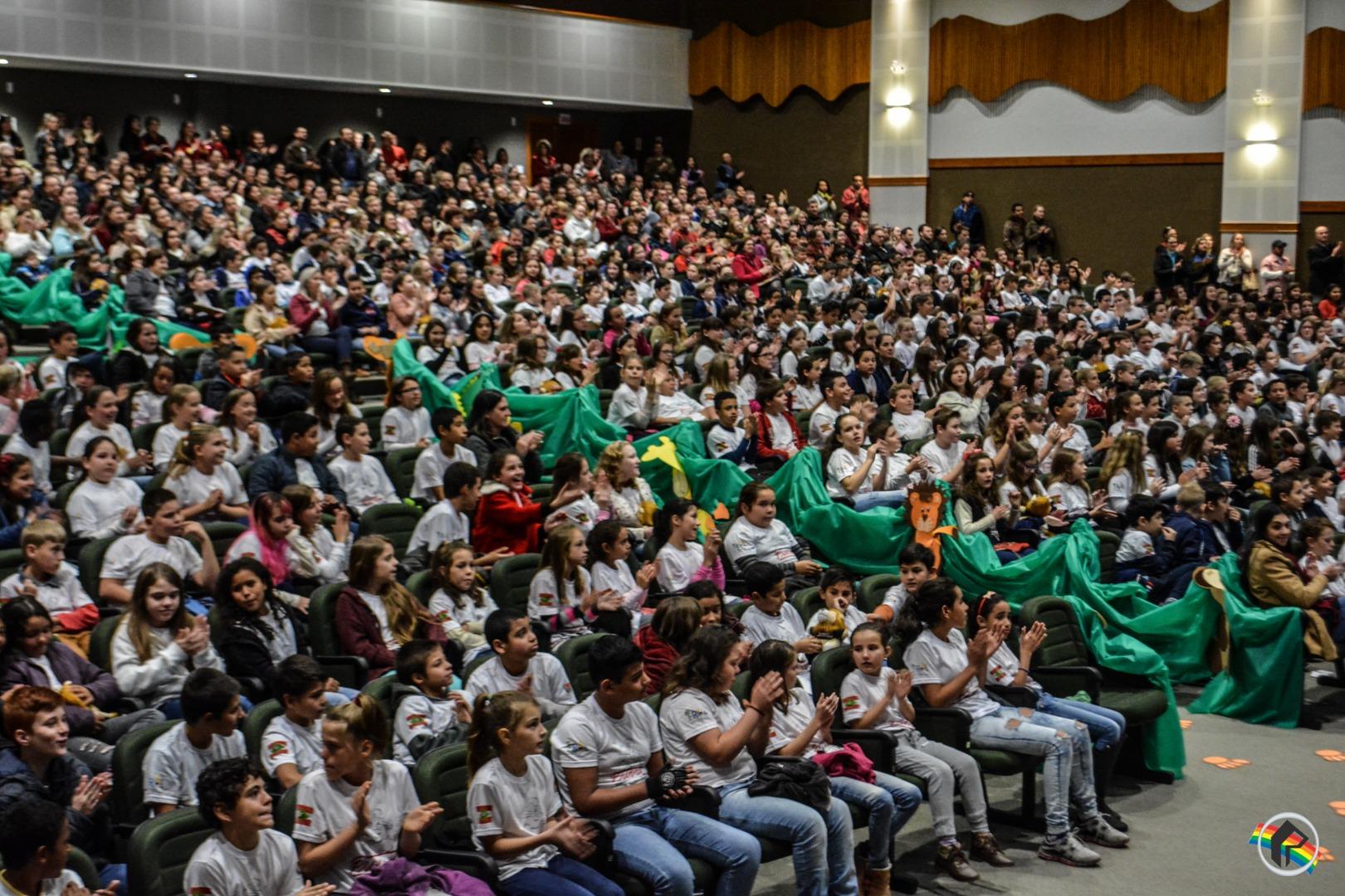 VÍDEO: PROERD forma mais de 480 alunos em São Miguel do Oeste