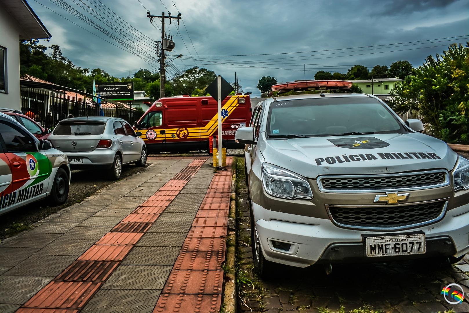 Ação conjunta da PRF e PM recupera na Willy Barth veículo furtado em São Paulo