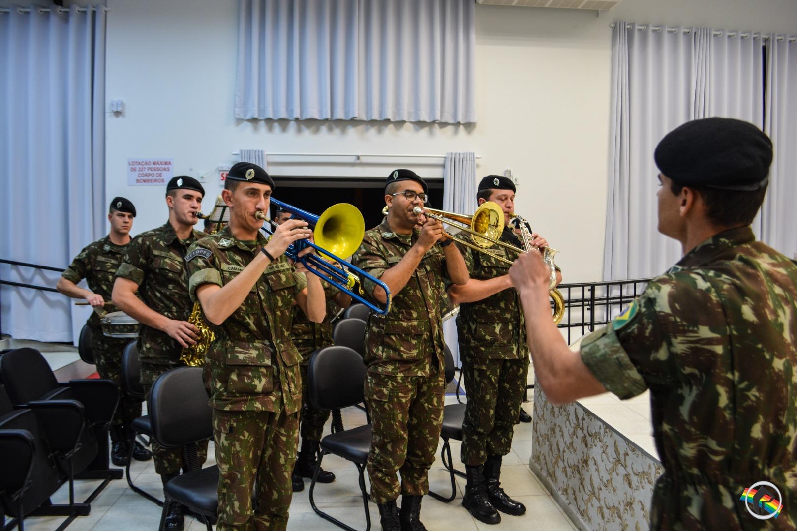 Câmara de Vereadores promove sessão solene em homenagem à Pátria