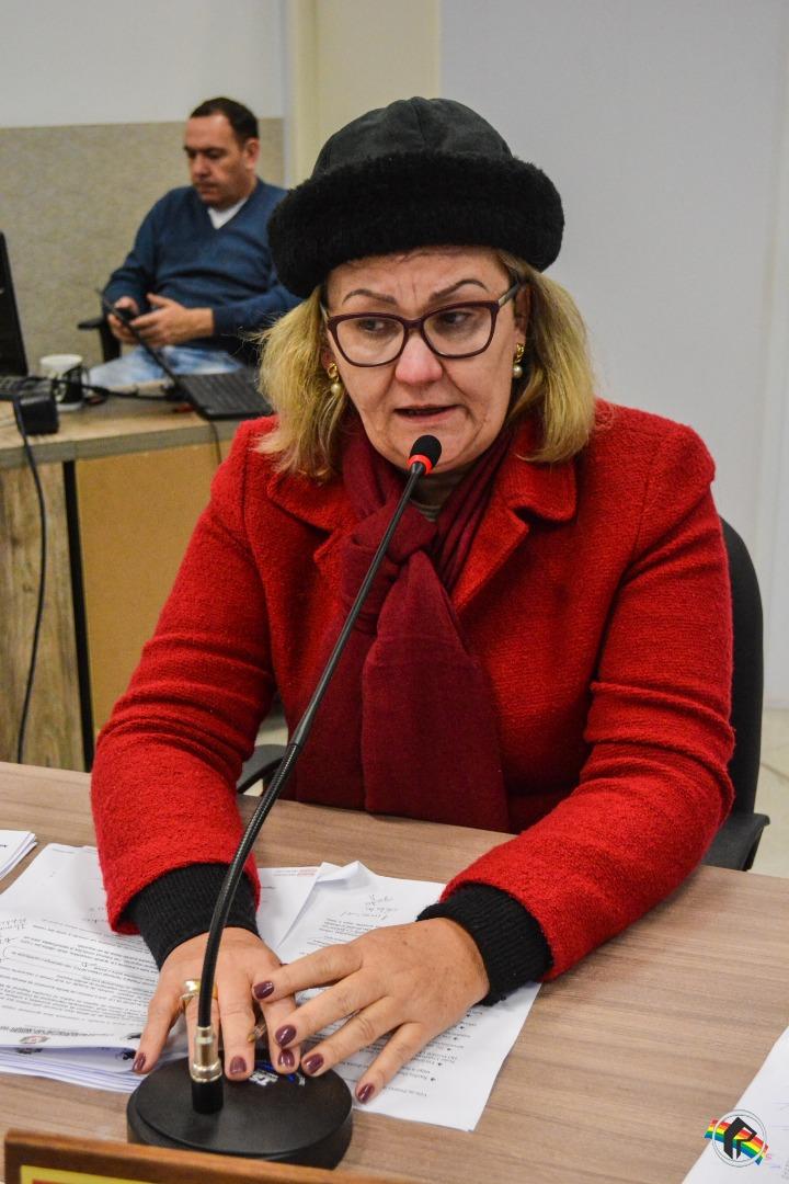 Vereadores derrubam veto sobre projeto que isenta IPTU para portadores de câncer