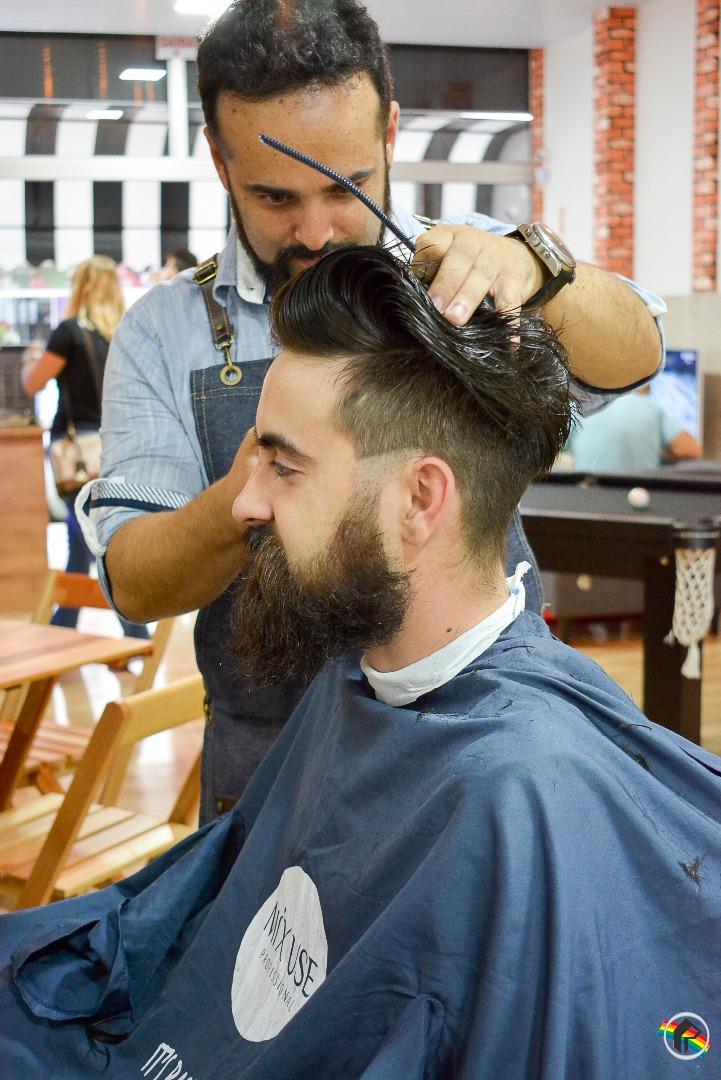 Inaugura em São Miguel do Oeste novo conceito em barbearia