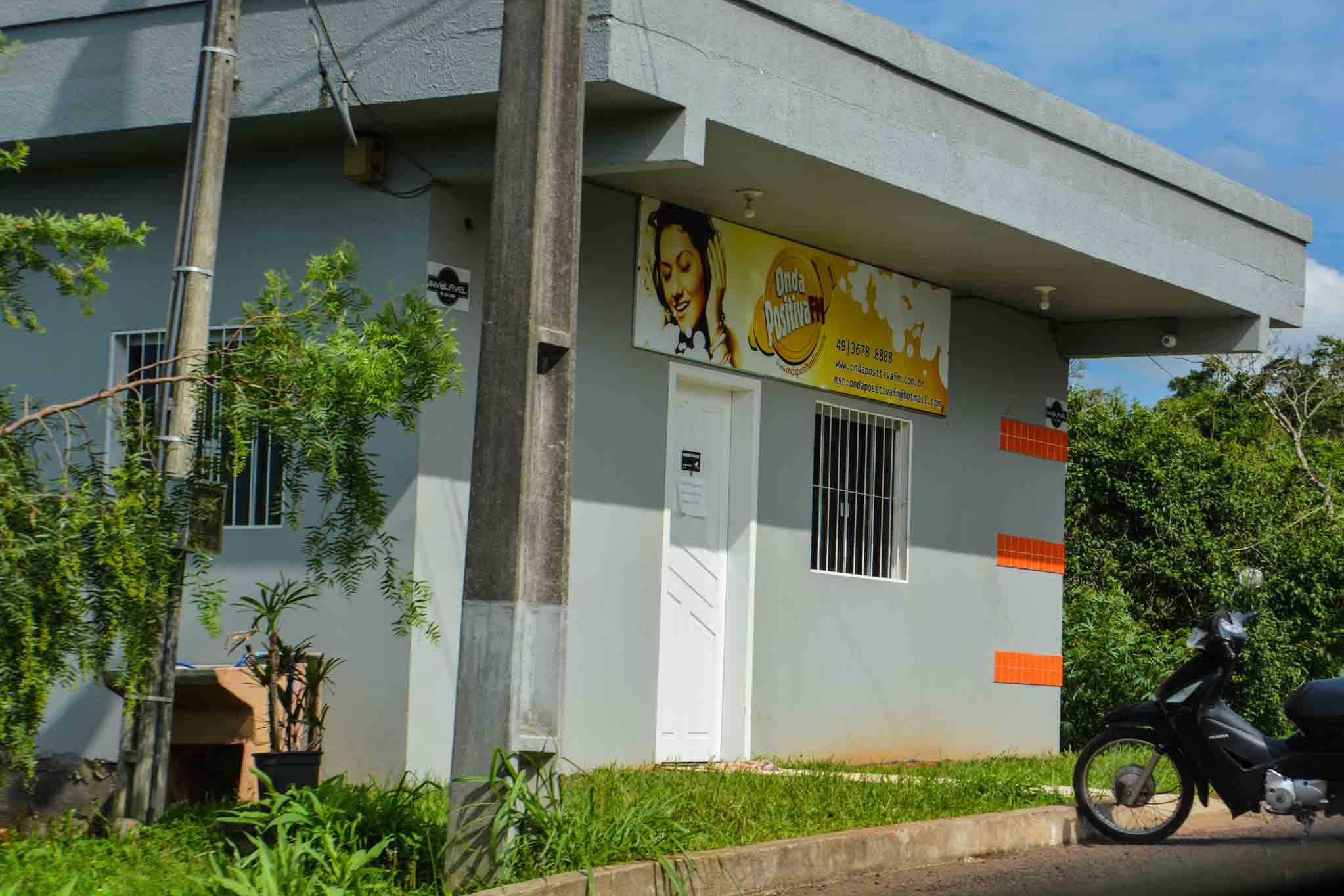 Rádio Comunitária de Itapiranga sai do ar novamente