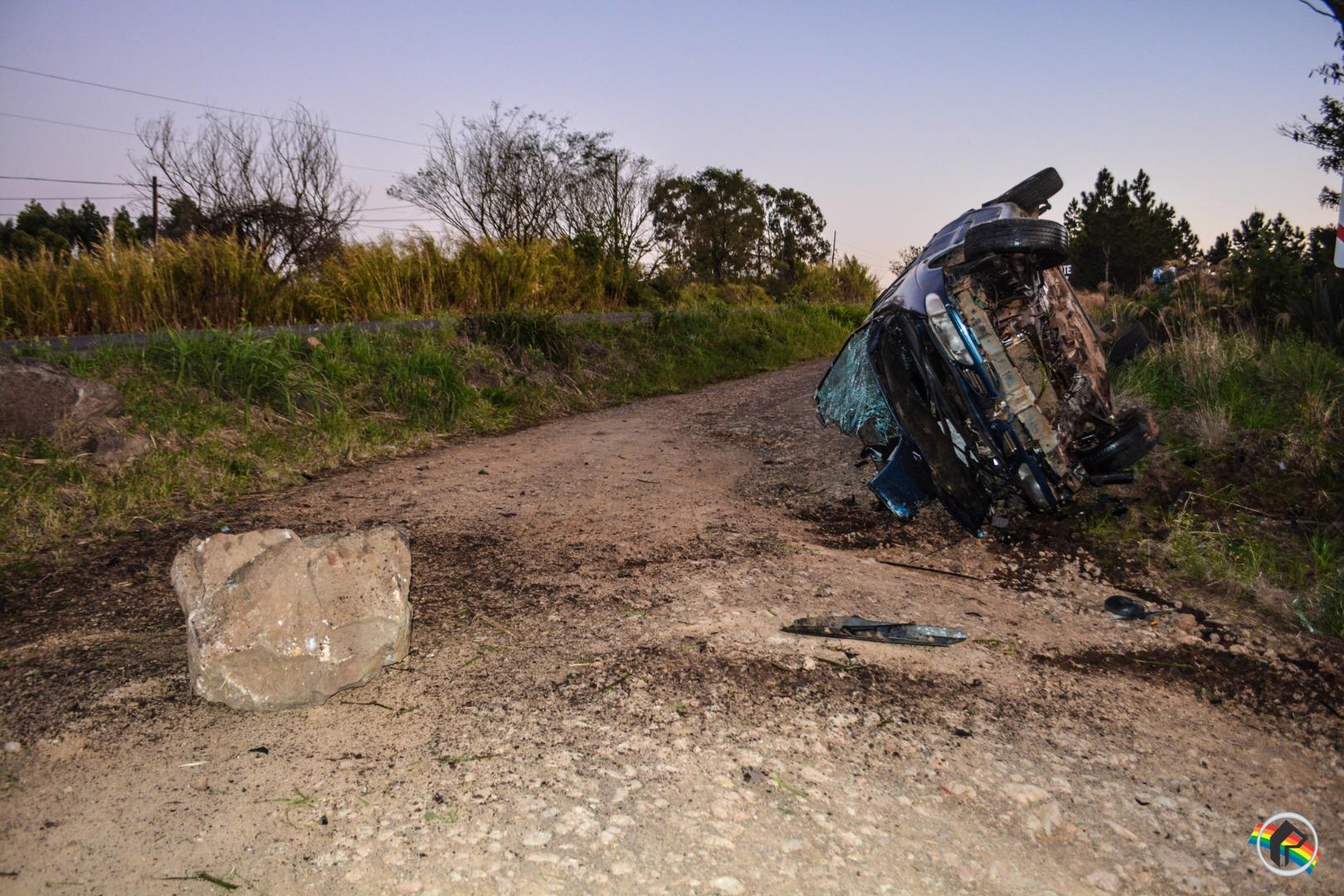 VÍDEO: Veículo sai da pista e capota próximo da Terra Viva na BR-163