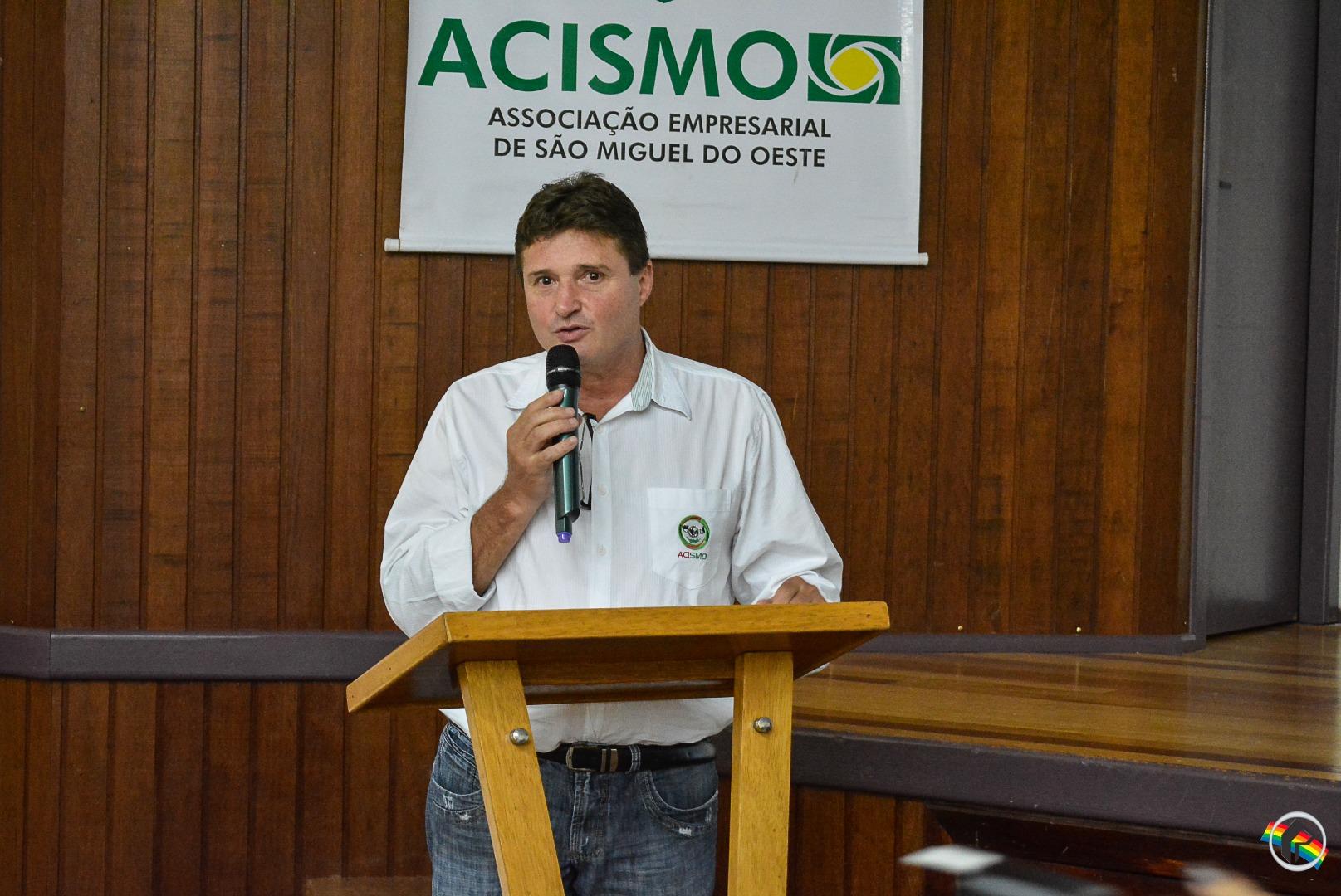 Airto Moss é novo presidente da Acismo