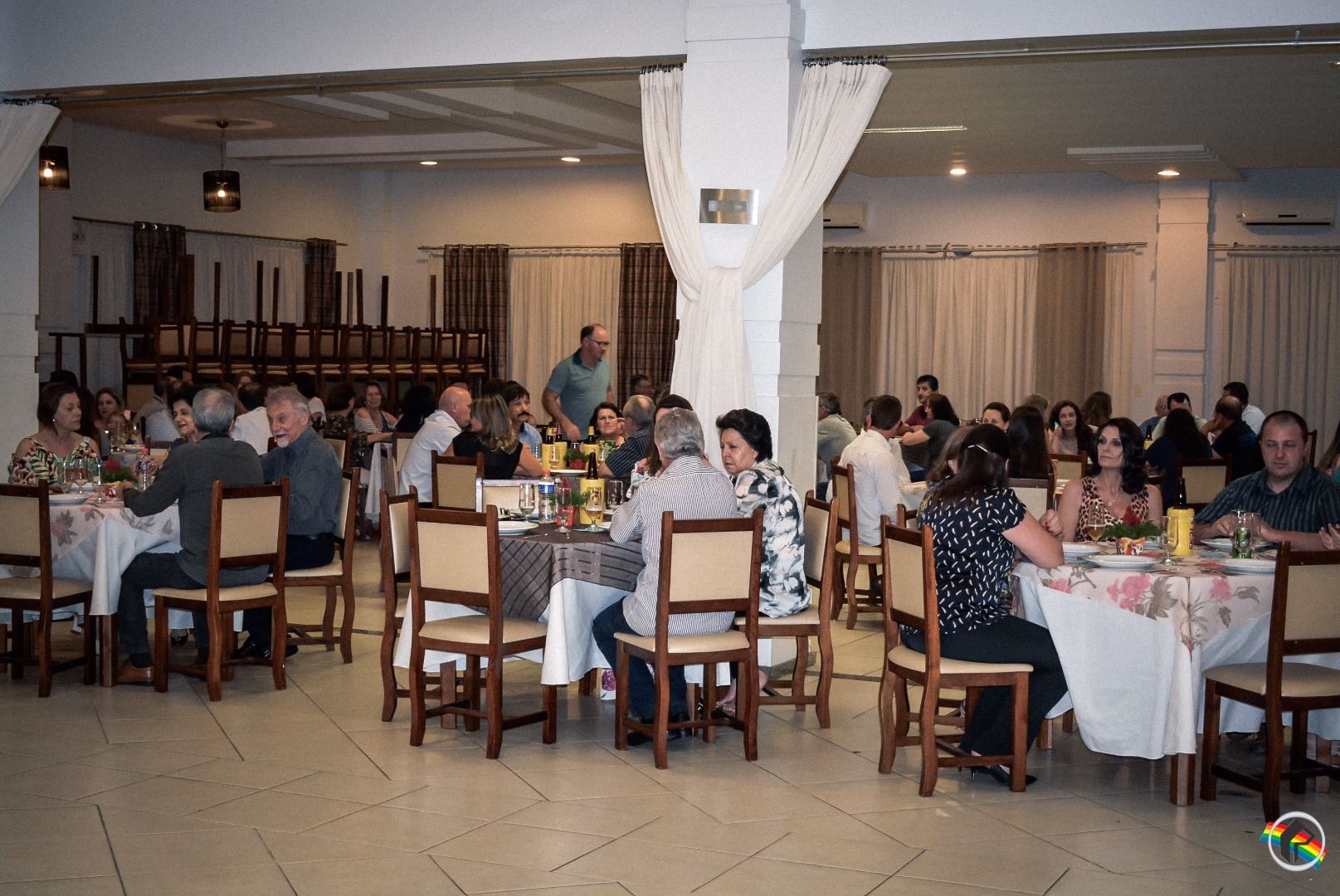Associação dos Criadores de Bovinos do Extremo Oeste promove jantar