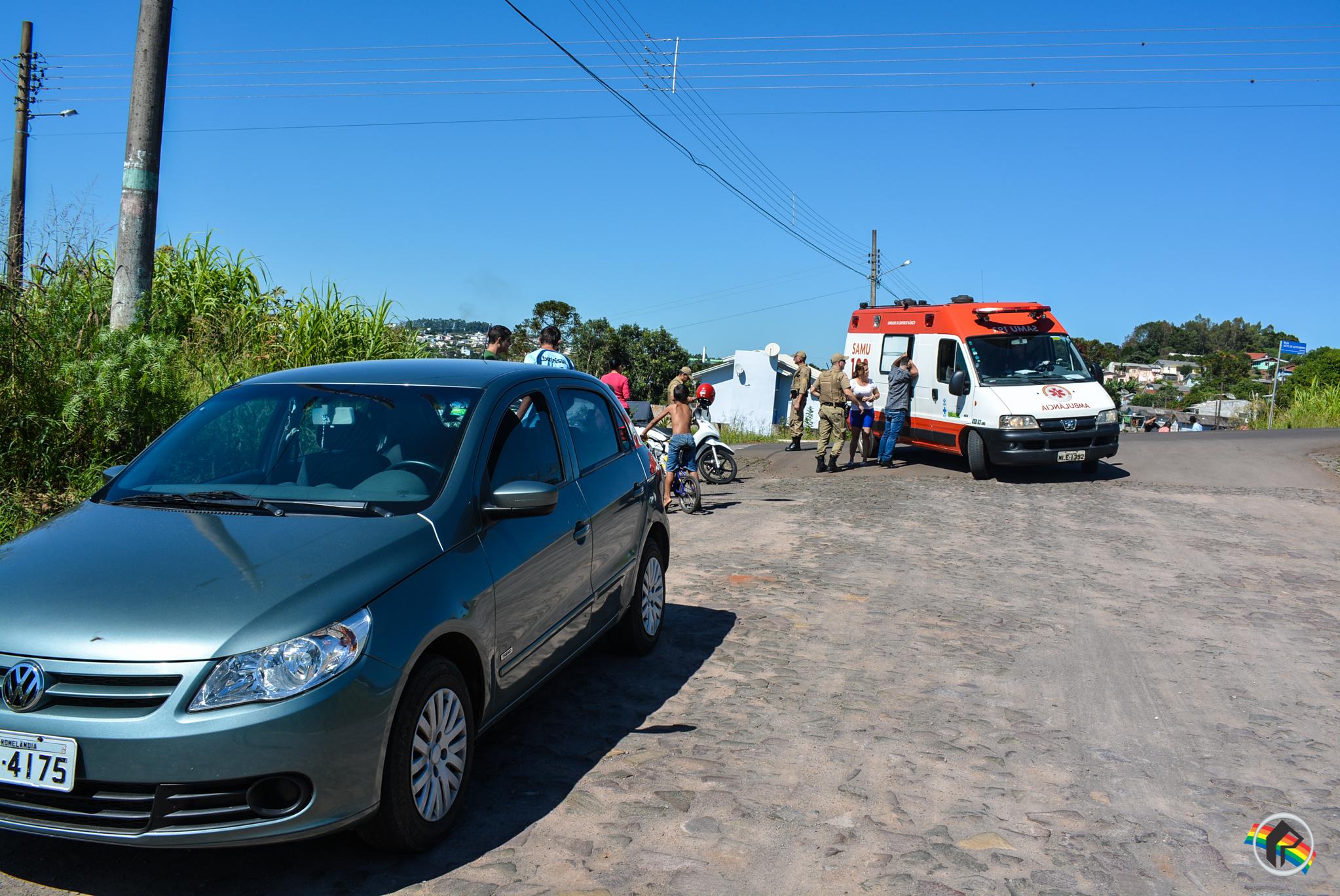 Mulher fica ferida em acidente de trânsito no bairro Salete