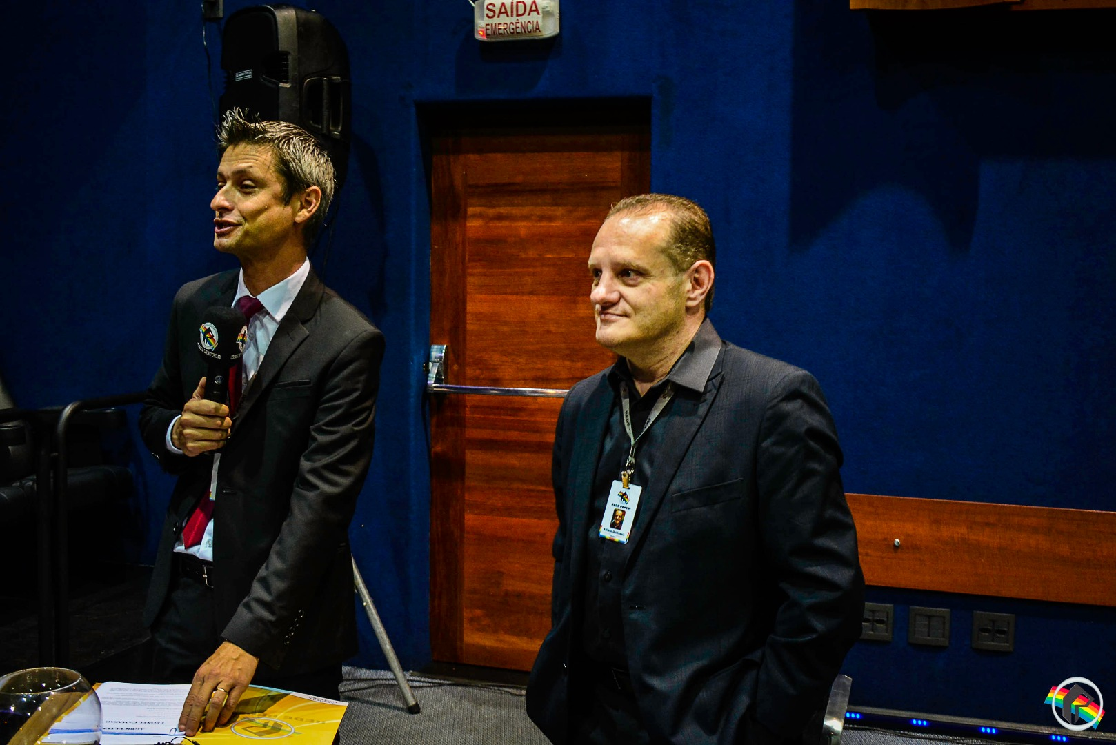 VÍDEO: Quatro candidatos ao governo de SC participam do quarto debate da Peperi
