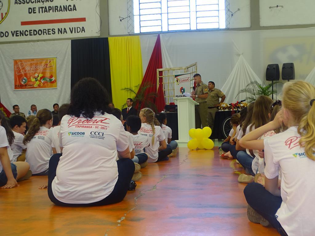 Proerd forma nova turma de alunos em Itapiranga