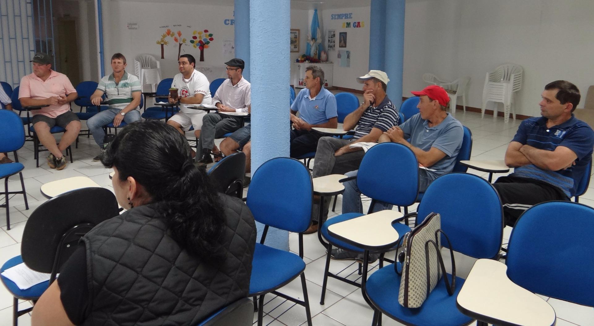 Agricultores cobram informações sobre programa do bônus