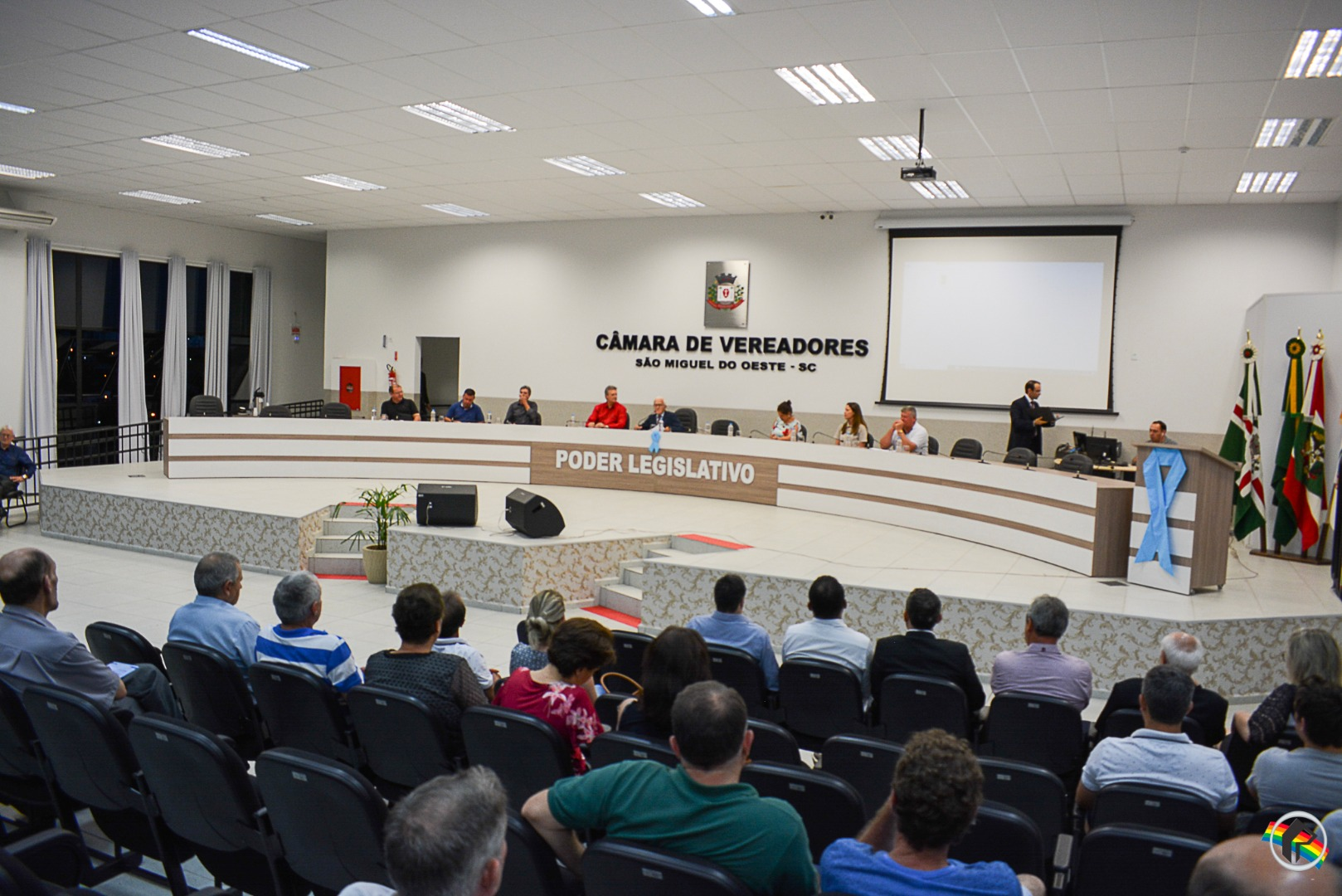 Audiência pública discute canalização de córregos no município