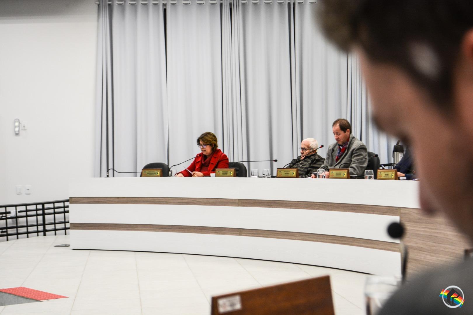 Câmara aprova projeto que estabelece critérios para o uso de casas populares
