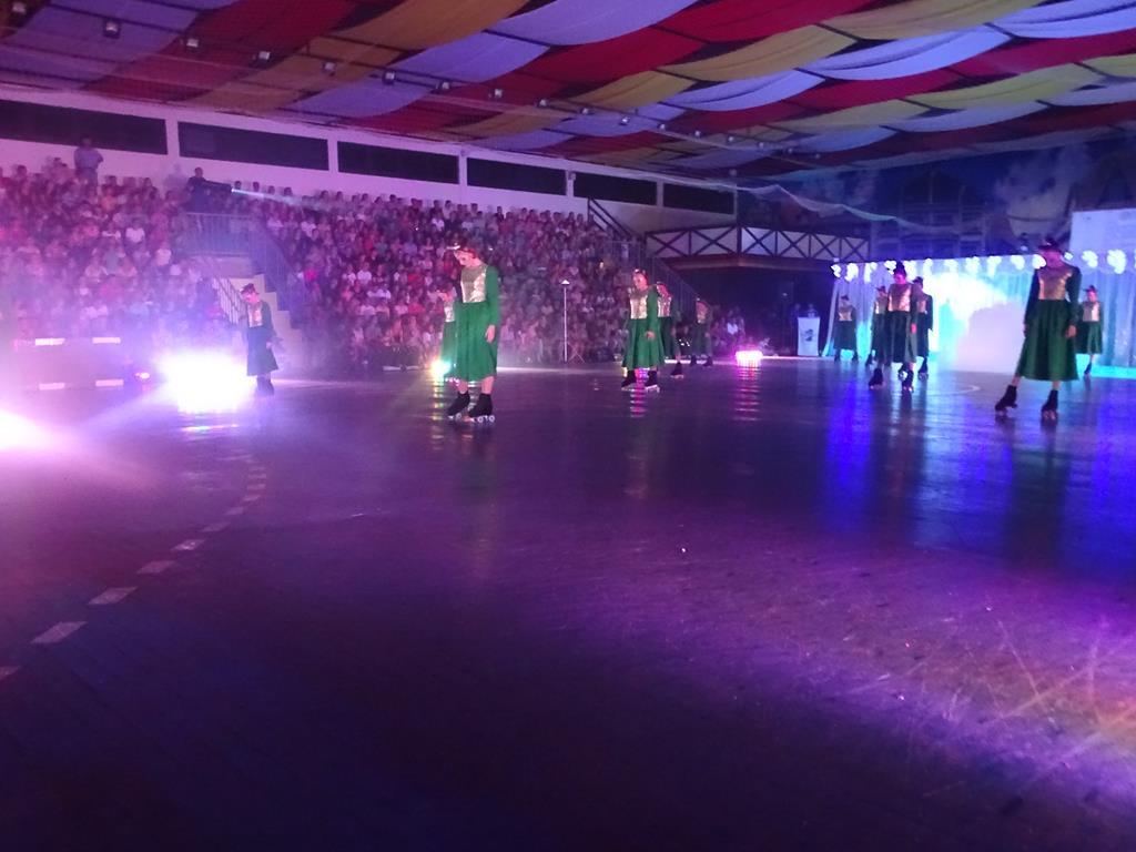 Show de patinação lota pavilhões da oktober