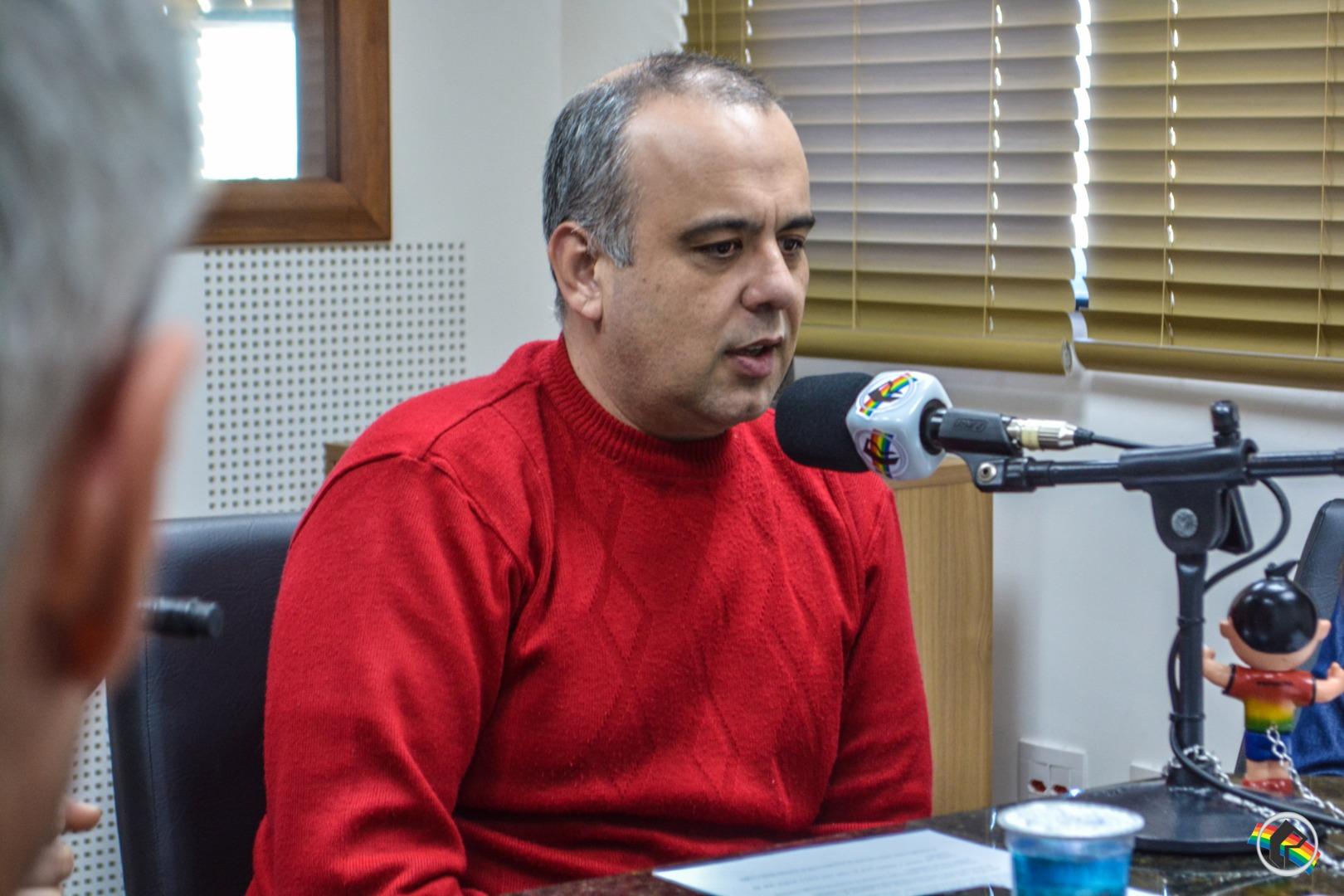 OUÇA: Peperi fala sobre os direitos de crianças e adolescentes no município