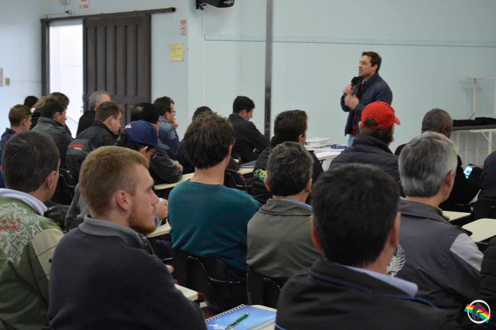 Seminário Regional discute Cadeia Produtiva do Leite