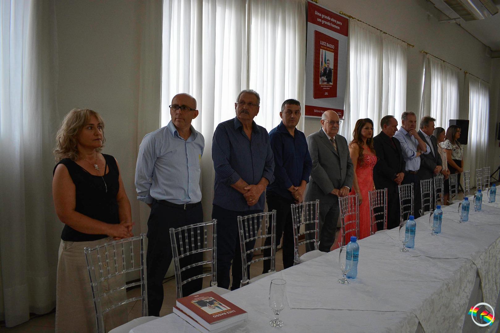 Biografia de Luiz Basso é lançada em São Miguel do Oeste