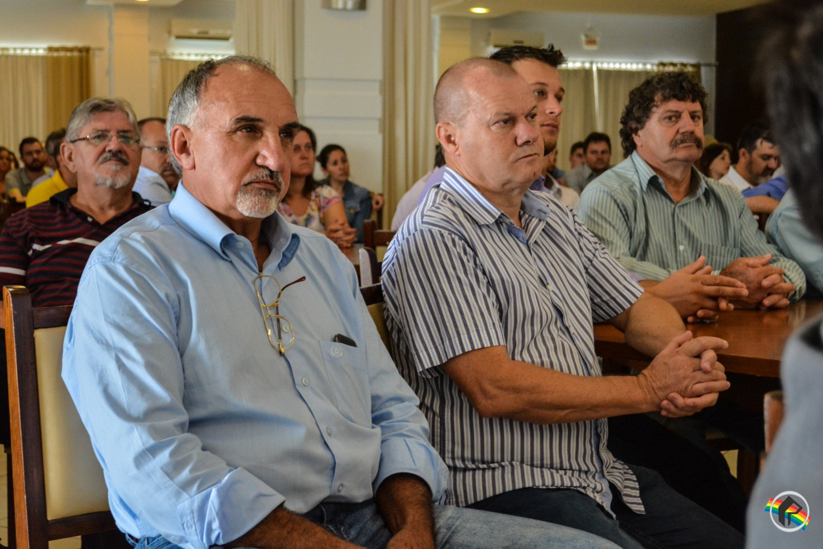 Senador Álvaro Dias ministra palestra sobre o atual momento político