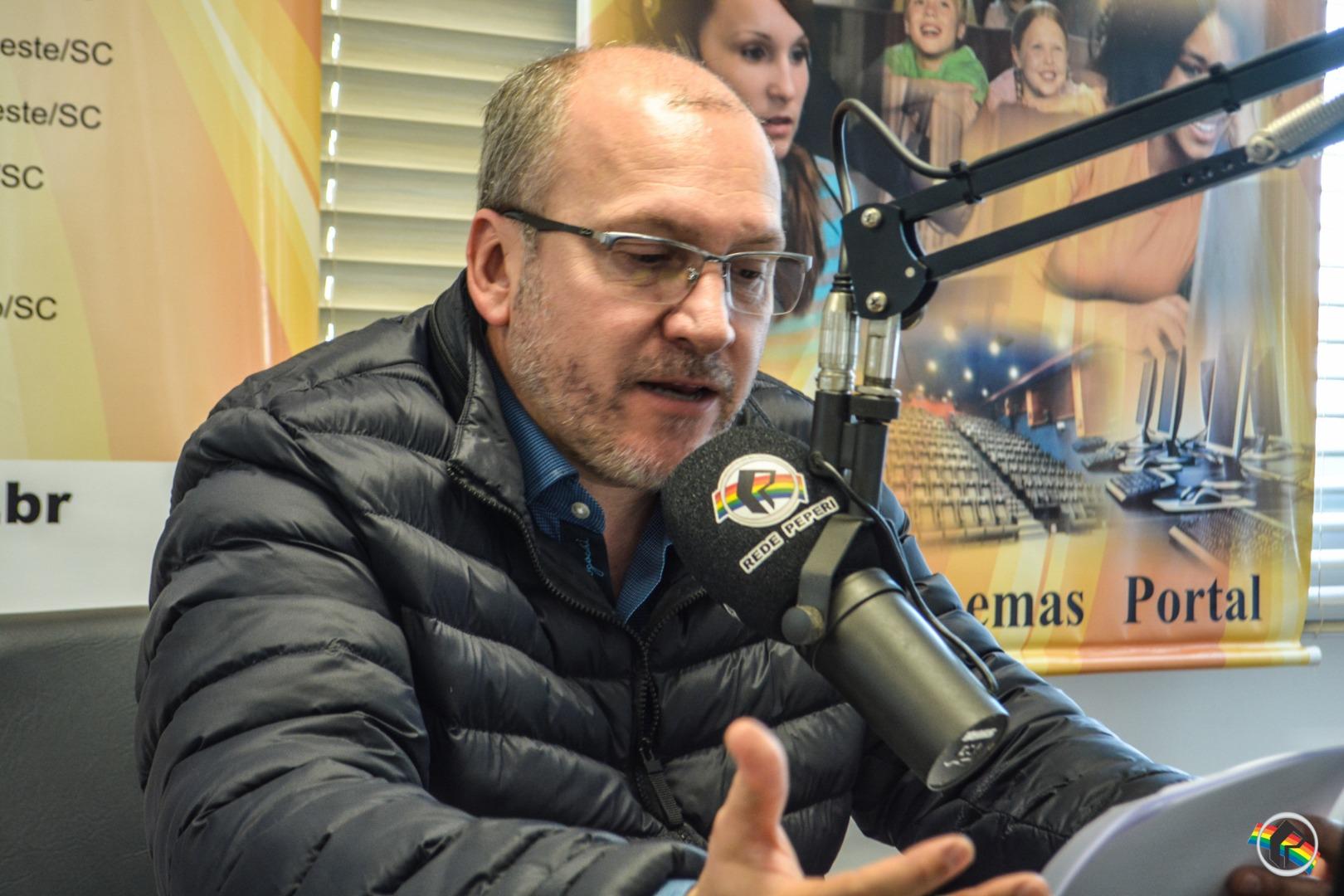 OUÇA; Top Saúde fala sobre ansiedade infantil