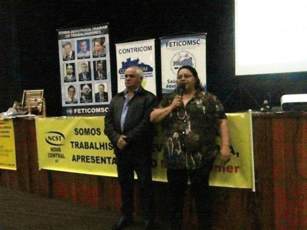 Sinticom promove palestra para trabalhadores