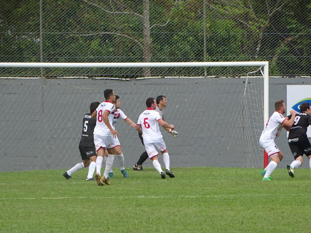 Aliança vence o Grêmio União e lidera o grupo A do Campeonato Regional