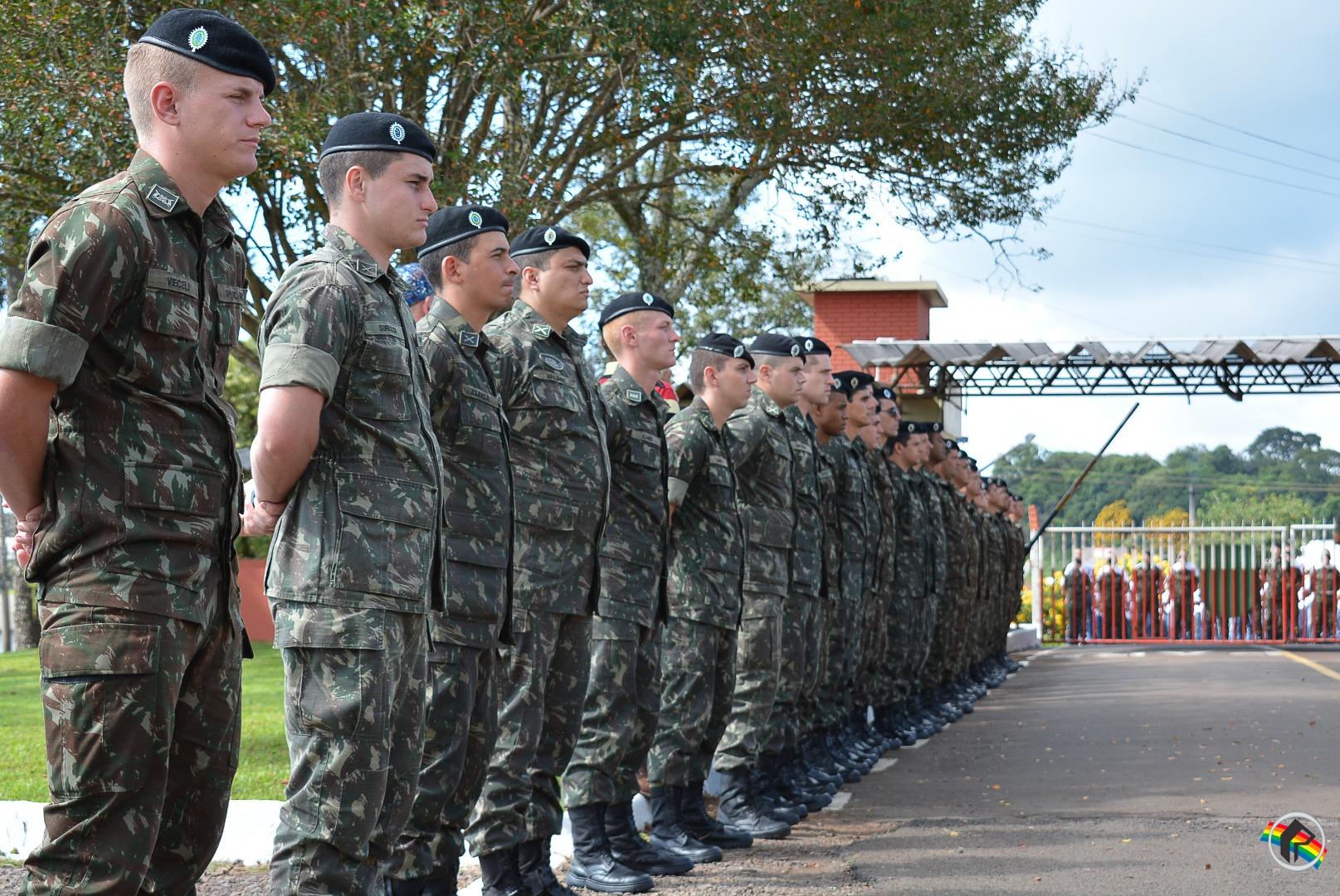 231 novos recrutas são incorporados ao 14º RCMec