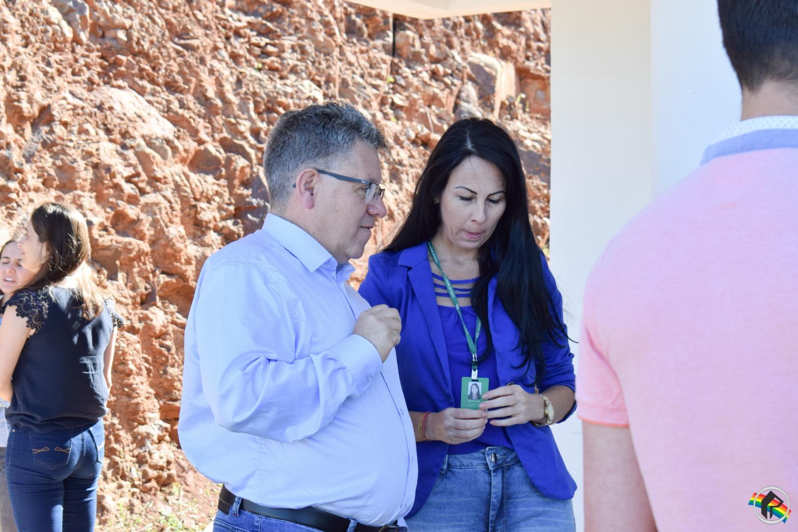 Governo do Estado entrega obra do CREAS em SMOeste