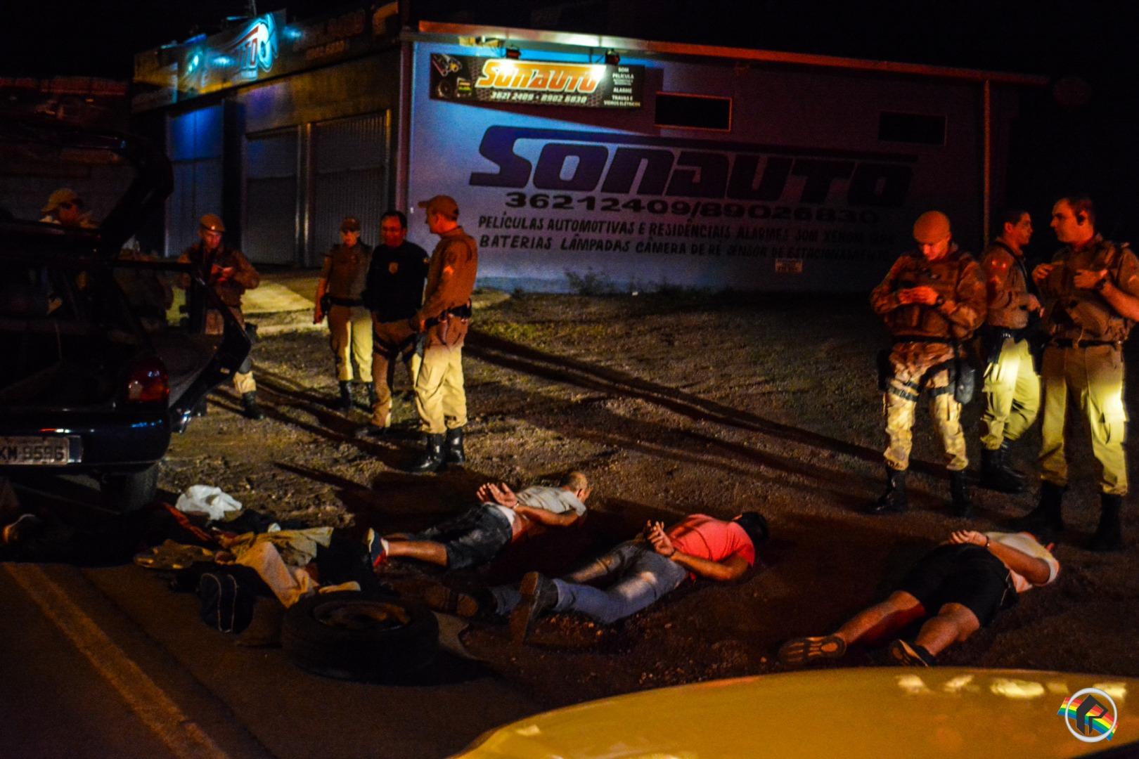 VÍDEO: PM prende suspeitos de assalto em frigorífico de Guaraciaba