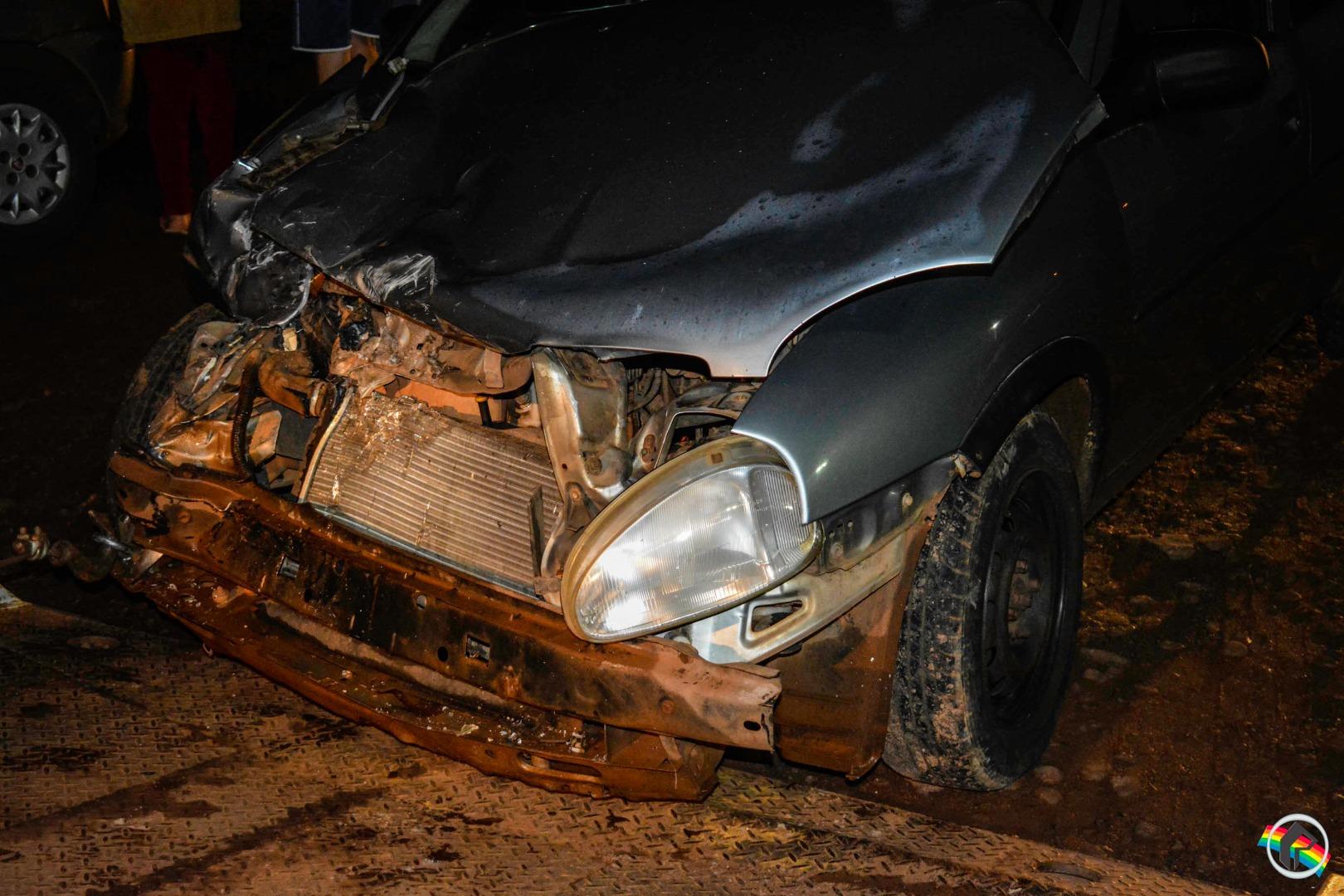 Colisão entre dois veículos deixa uma pessoa ferida no trevo da BR-282