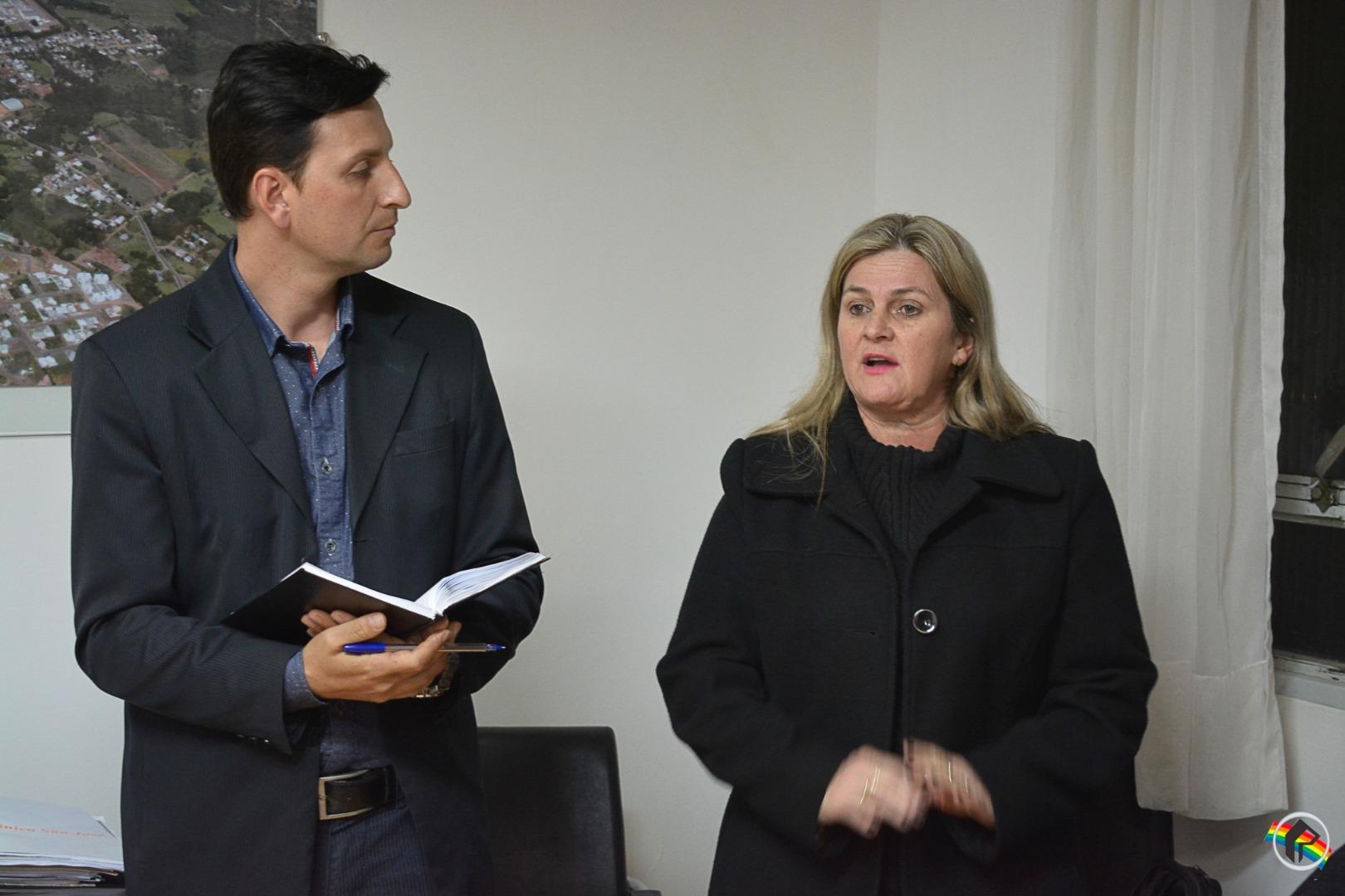 Empresários cobram da prefeitura o fim da mão única na Marcílio Dias