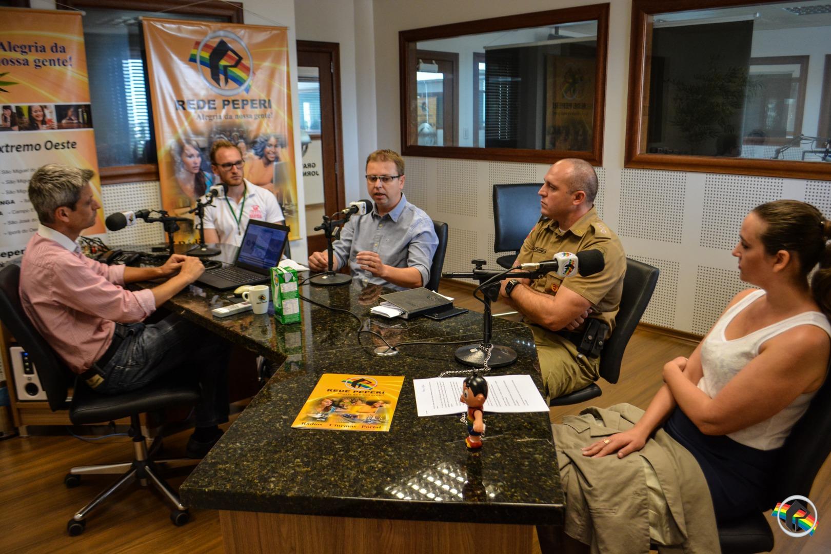 Tráfico e consumo de drogas é o tema do Peperi Debates
