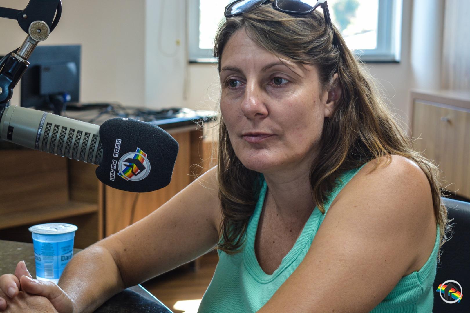 Peperi Rádio Repórter recebe a Coordenadora Regional do Sinte