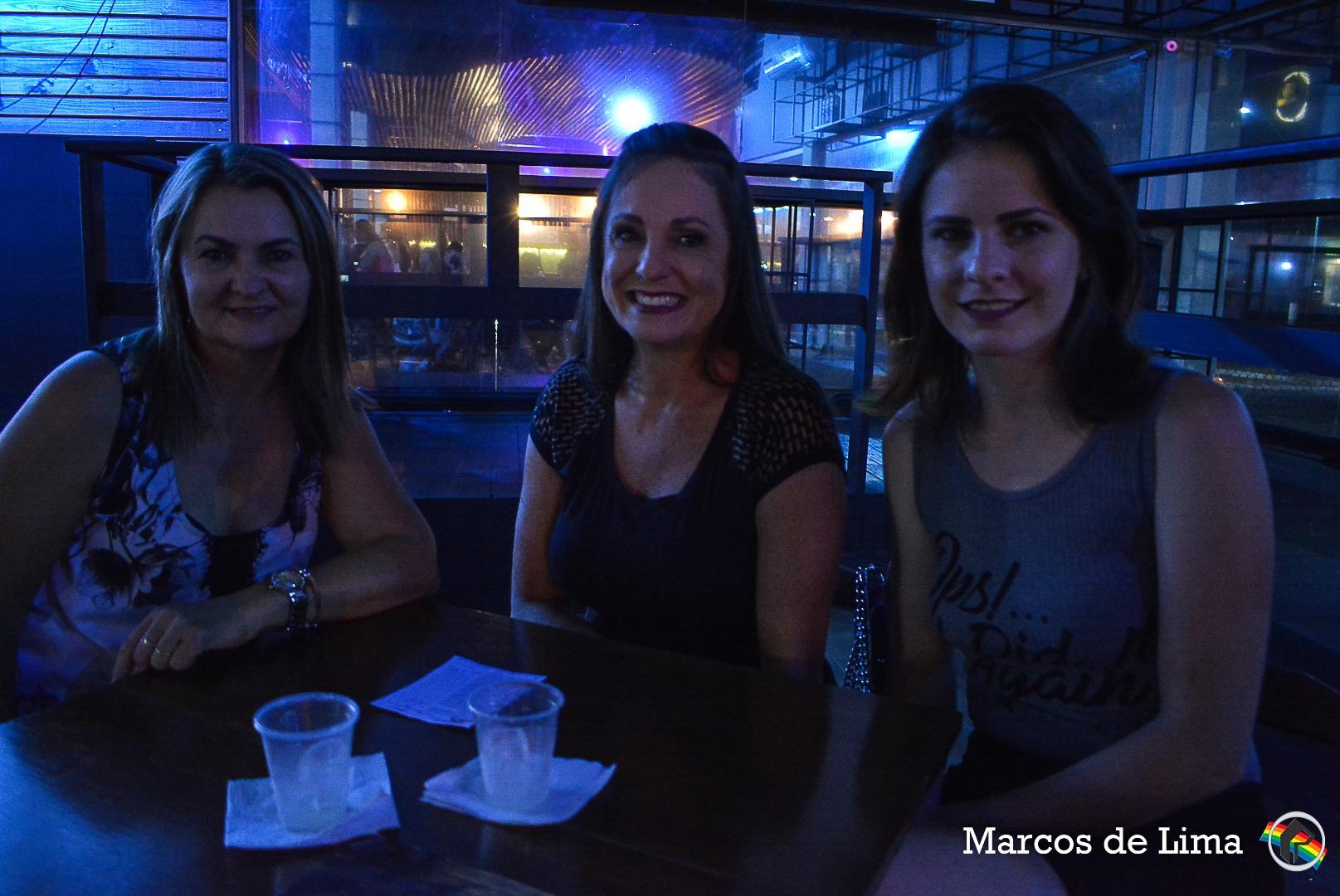 Acadêmicas de Direito da Unoesc realizam festa em homenagem ao dia da mulher