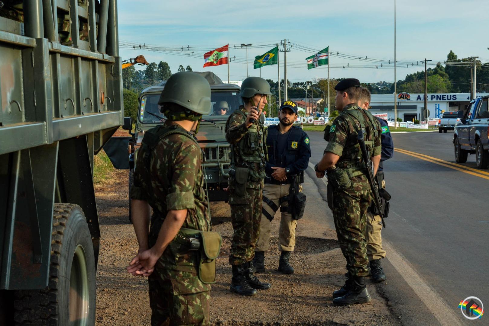 Forças Armadas deixarão as estradas nesta segunda