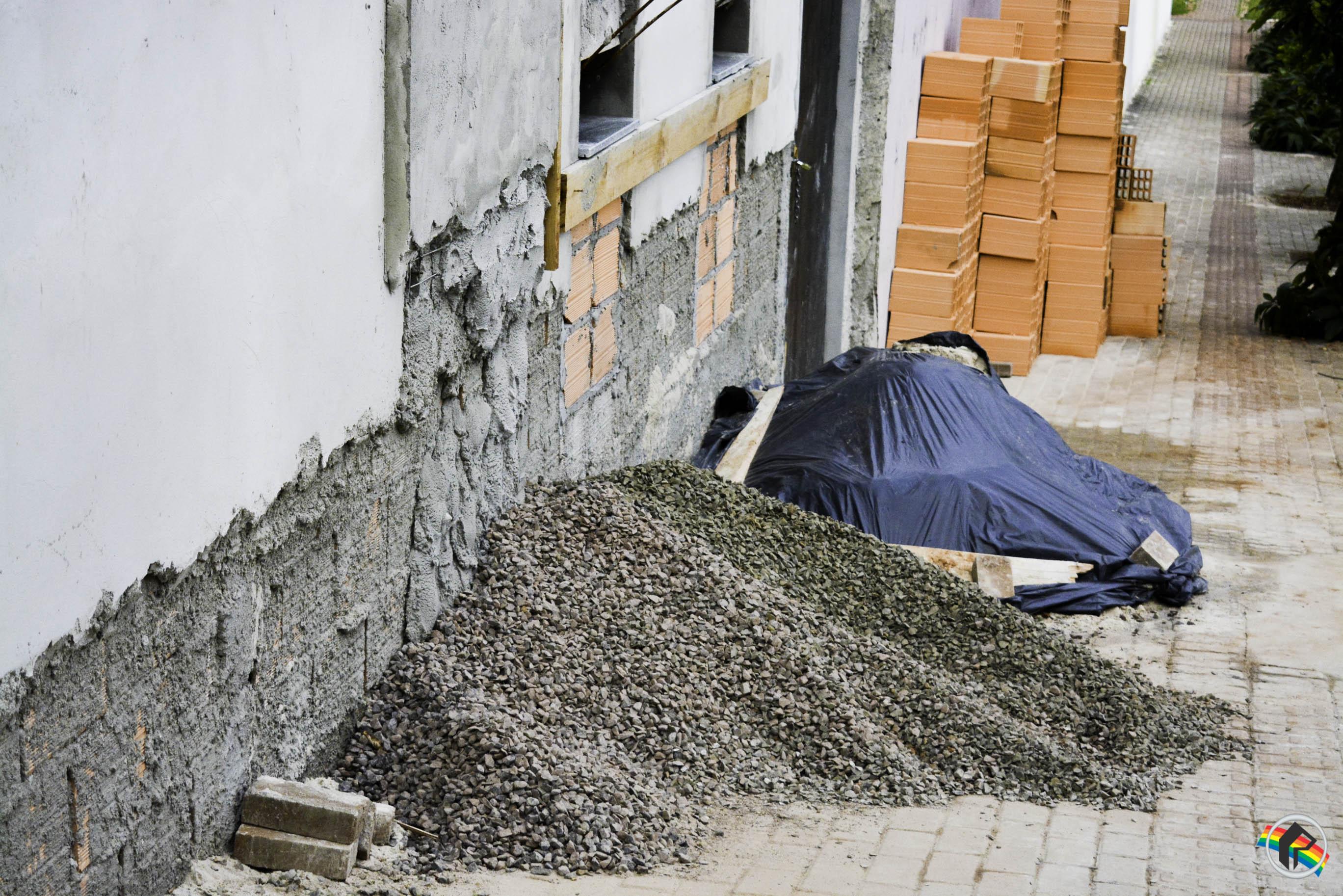 Objetos são furtados de obra no centro de São Miguel do Oeste