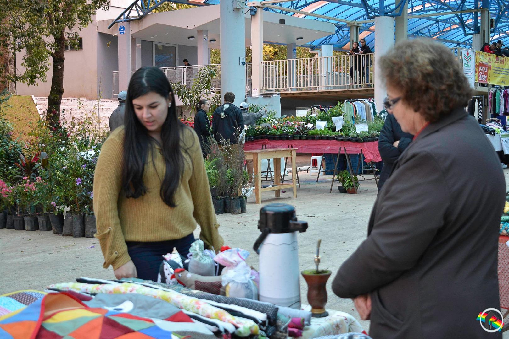 Sesc realiza mais uma edição do Brique na praça