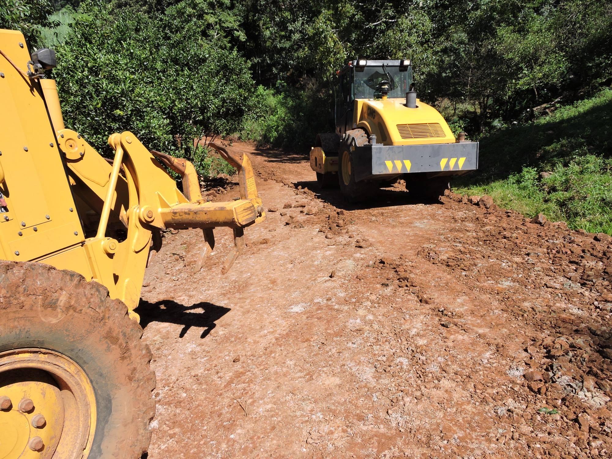 Chuvas provocam estrago nas estradas do Município