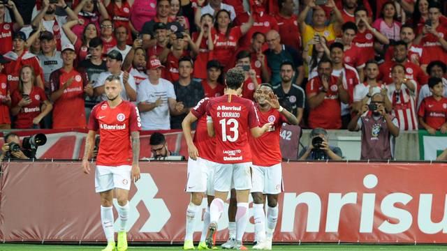 Inter vence e garante segunda colocação da tabela