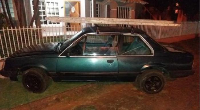 Motorista com mandado de prisão em aberto é preso após acidente em São José do Cedro